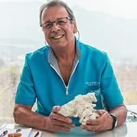 Dr. Mariano Rocabado